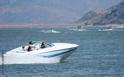 Poster Nautique motorise high-powered luxury boat