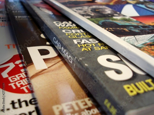 Photo magazines, fanned