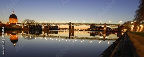 Foto auf AluDibond Stadt am Wasser vue de la garonne à toulouse