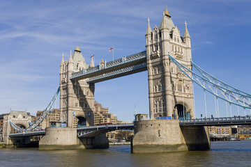 Fototapeta na wymiar tower bridge london england