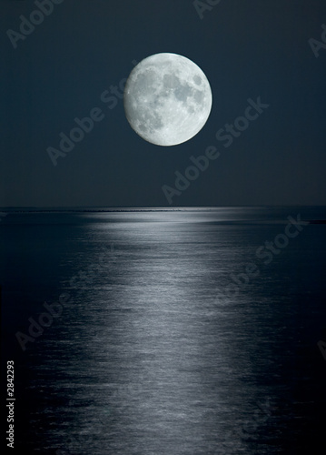 Poster Pleine lune full moon in black sky