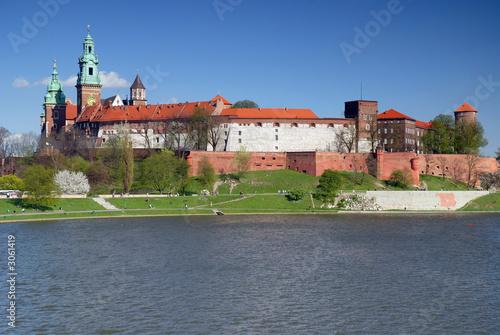 wawel-zamek-krolewski-nad-wisla-w-krakowie-polska