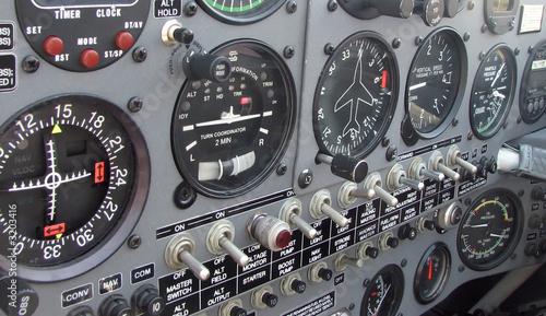 Photo extra 300l airplane instrument panel