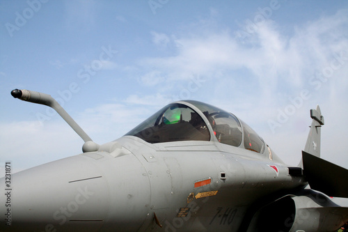 Photo front of rafale