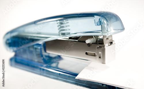 Fotografie, Obraz  blauer tacker im büro