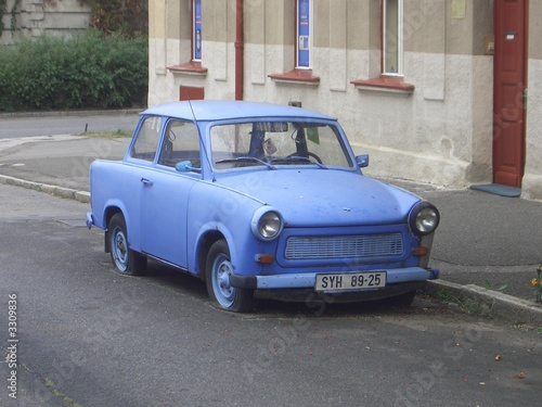 Photo blue trabbi