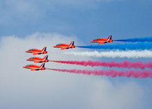 Raf Red Arrows Five In Level F...