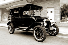 Old Car From 1915