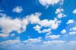 Leinwandbild Motiv sehr schöner Sommer Himmel mit weißen Wolken
