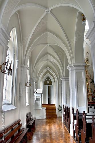 Valokuva  White cathedral.