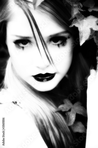 Fototapety, obrazy: Beautiful 14 year old teen in goth make-up outside.