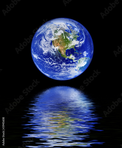 Foto-Rollo - globe with water reflection (von kmit)