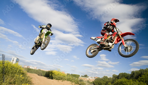 In de dag Motorsport synchronous jump