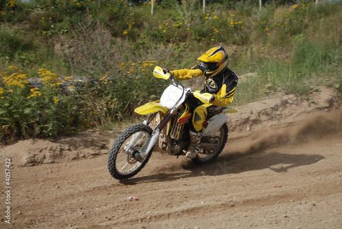motox8
