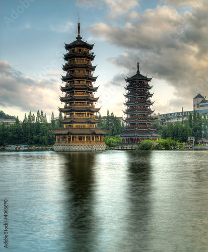 Foto op Canvas China Pagodas in Fir Lake in downtown Guilin