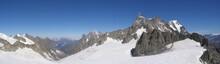 Sommets Alpes Vus De La Pointe Helbronner