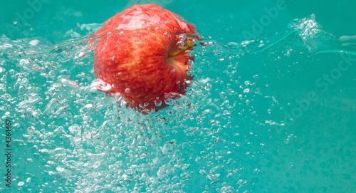 Fototapety, obrazy: reddish apple