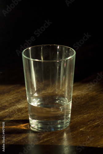 Foto op Canvas Alcohol glass of water