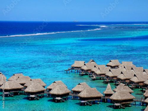 Foto-Kissen - tahitian bungalows (von Todd Salter)