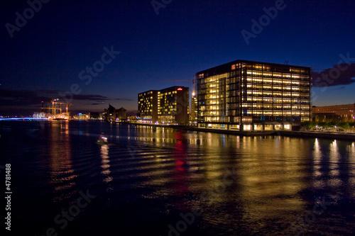Photo  Kopenhagen Hafen bei Nacht