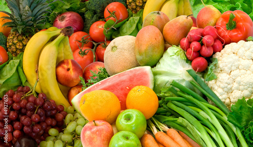 Tuinposter Keuken Vegetables and Fruits Arrangement