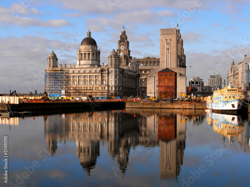 Photo  Liver building, Liverpool, UK