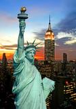 Fototapeta Nowy York - The Statue of Liberty and New York City skyline