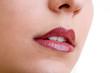 canvas print picture - Zartes Gesicht von Frau mit Nase und roten Lippen