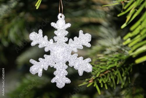 Christbaumschmuck Schneeflocke Kaufen Sie Dieses Foto Und Finden