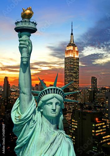 Foto-Flächenvorhang - The Statue of Liberty and New York City skyline (von Gary)