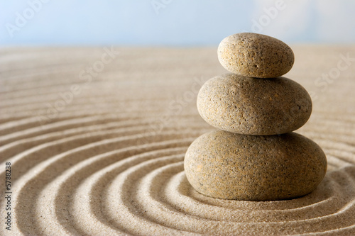 Photo sur Plexiglas Zen pierres a sable Zen stones