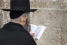 The Prays In Western Wall In Yerusalem