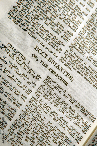 Printed kitchen splashbacks Newspapers close up detail of antique holy bible ecclesiastes