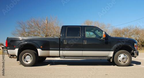 фотография  Big American Pickup Truck