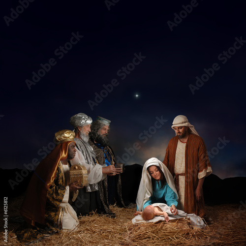 Photo  Christmas nativity scene with three Wise Men