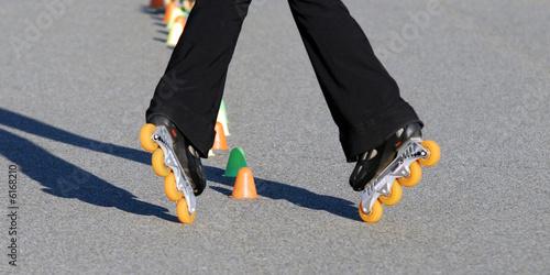 Fotografie, Obraz  slalom rollers