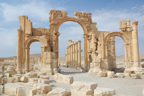 Fotografie, Obraz  City of Palmyra -  ruins of the 2nd century AD