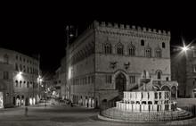 Night Shot Of Fontana Maggiore And Palazzo Dei Priori, Perugia