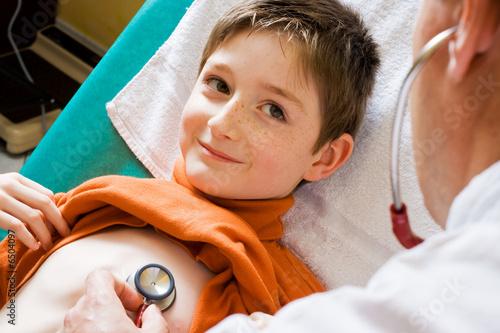 Foto  Complicité enfant et docteur