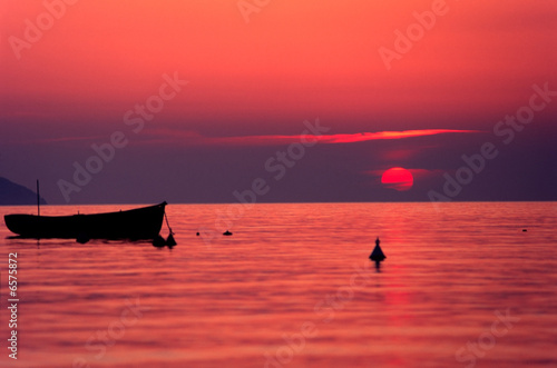 "Community-Maske mit Motiv ""Wolf"" - Sunset, Elba Island. (von Luciano Mortula-LGM)"