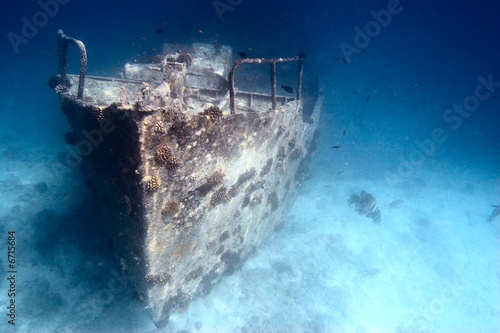 Wall Murals Shipwreck Sunken ship