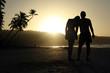 Silhouette vom Paar am Strand