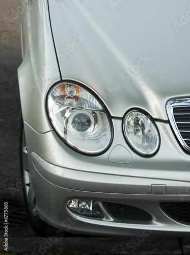 Photo Headlight of the luxury car
