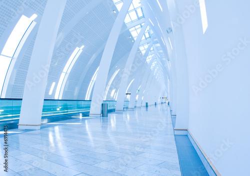 Foto op Aluminium Luchthaven Airport walkway at Copenhagen Airport