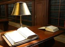 Bibliothèque,studieux,étudiant