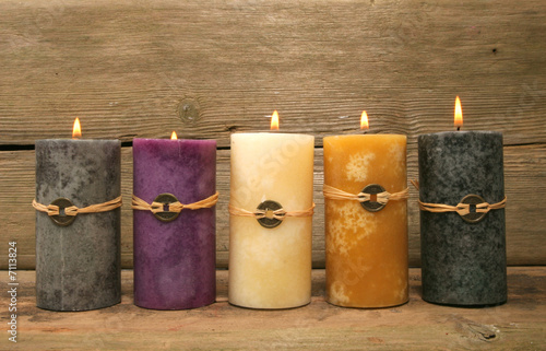 Photo  Five feng Shui candles
