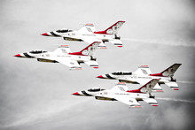 Thunderbirds F16's In Formation