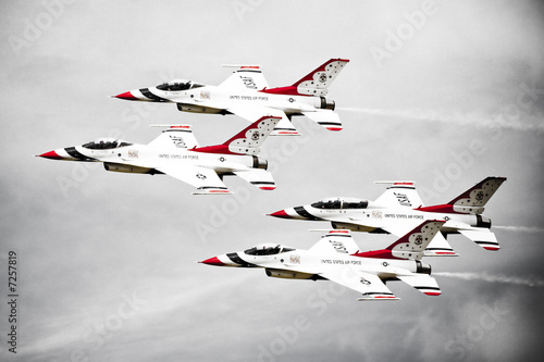 Thunderbirds F16's in Formation Wallpaper Mural