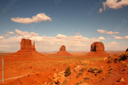 Stickers pour porte Orange eclat 3 Buttes in Monument Valley Arizona