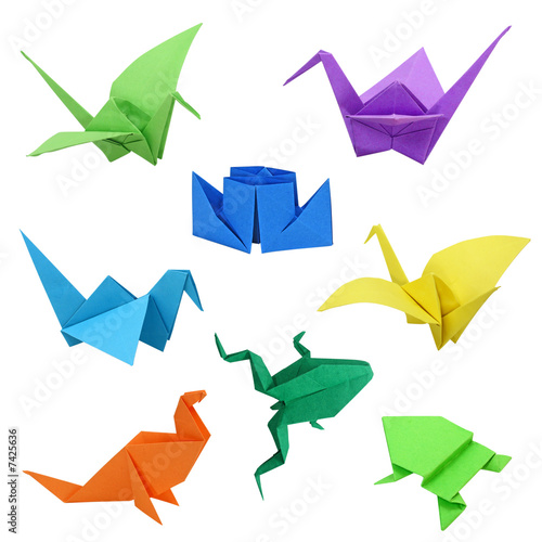 Photo  Japanese traditional origami images on white